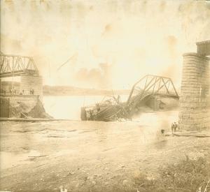 Bridge Disaster0002