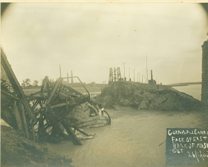 Bridge Disaster0003