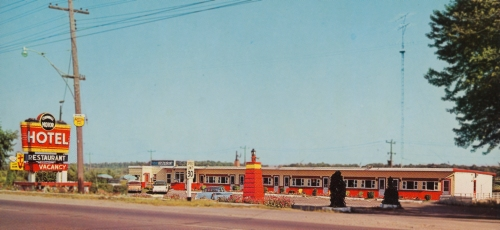 2nd W_1424_Conwall Motel_postcard_2000-12.45_web