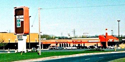 Brookdale Mall ca 1975 Cr
