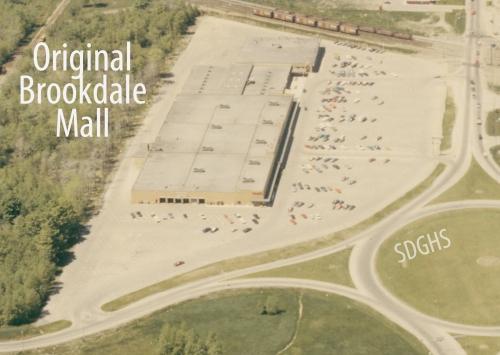 Brookdale Mall_orig_lab