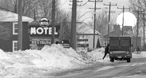 Cwl Motor Motel_Riverdale Motel_ca 1965_2009-1.57_cr_web