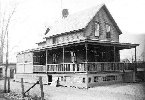 Hickory St house_ggp_Thom