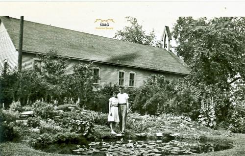 Mountain Memorial Garden ca 1950 Enh_WM